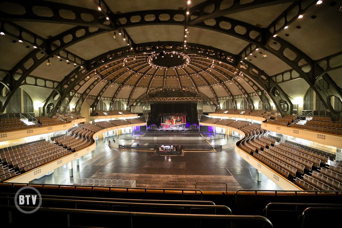 Festhalle Frankfurt interior view